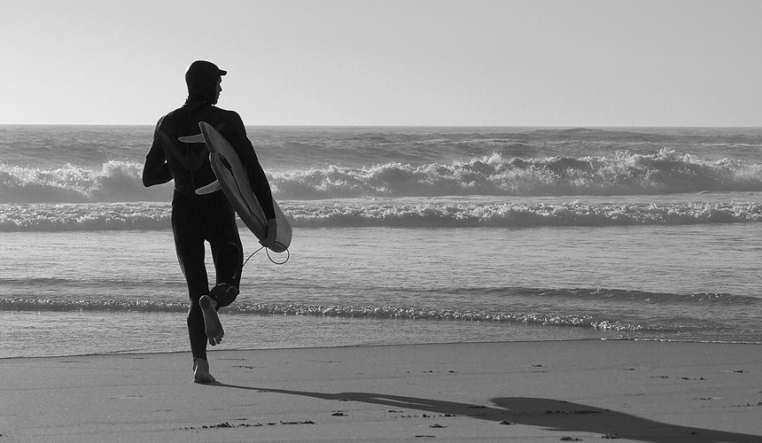 Photographer: Albert De Bruyn / Surfer: Unidentified / Location: Llandudno