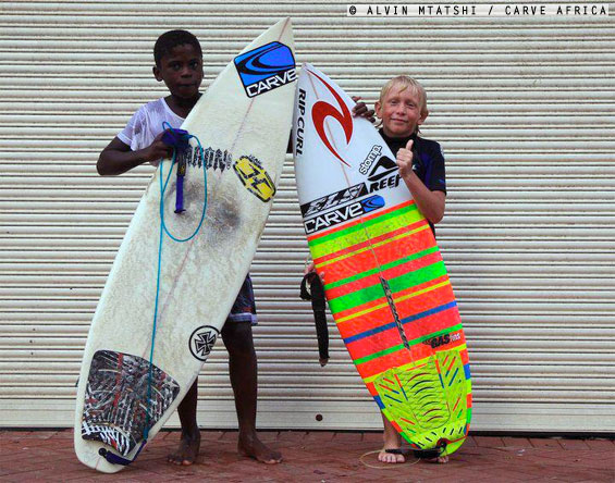 The future of SA Surfing looks like this. Durban groms Thando Msibi and Tide-Lee Ireland strike a pose.