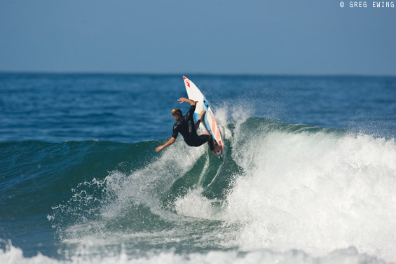 Former Dream Tour competitor Greg Emslie had a close encounter of his own at Queensberry Bay in 2010. He's also smashed more than a few lips at the fun point.