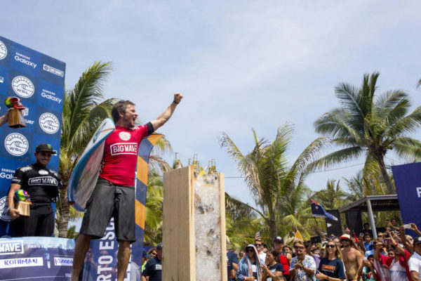 featured-Grant-Baker-wins-the-WSL-2016-Puerto-Escondido