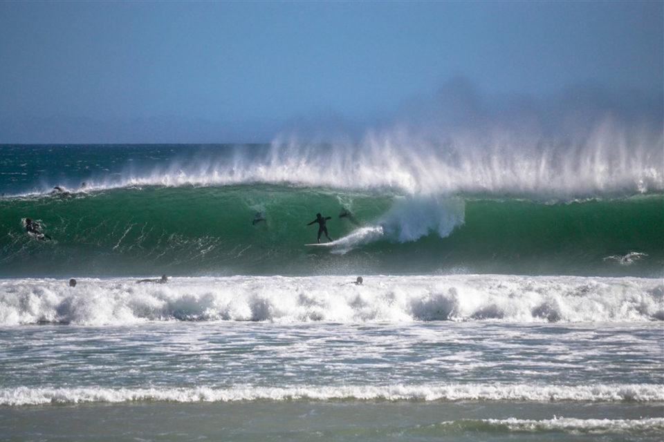 Photographer: Marc Francis /Surfer: Deen Hill /Location: Long Beach